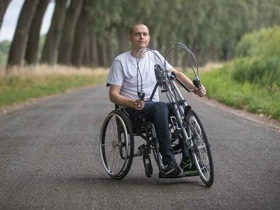met een rolstoel door het leven
